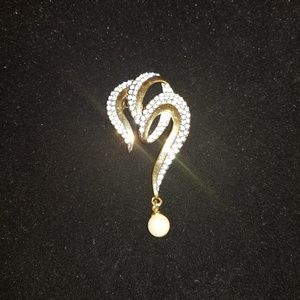 Triple Open Heart Gold & Pave Pin